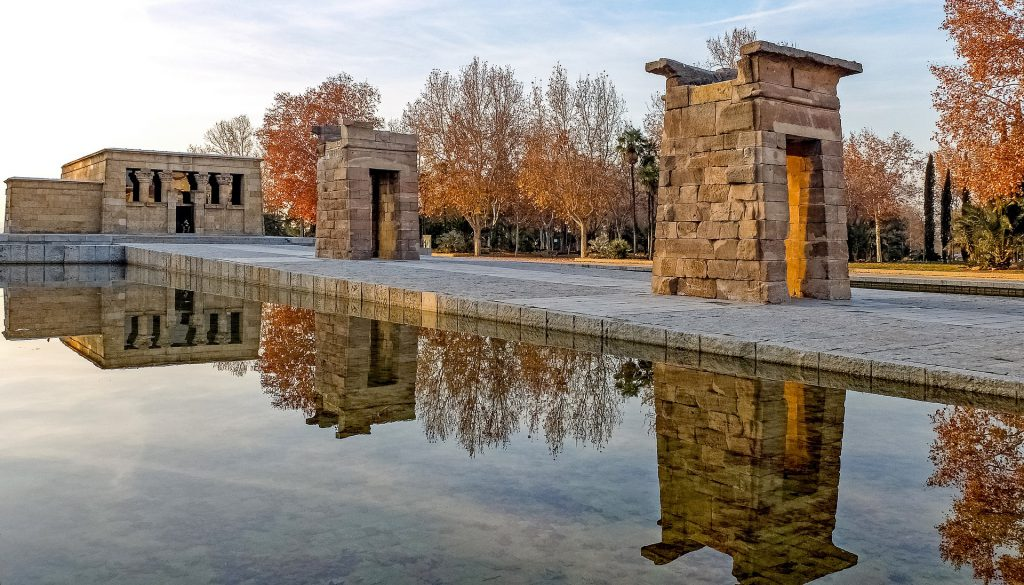 Temple_of_Debod